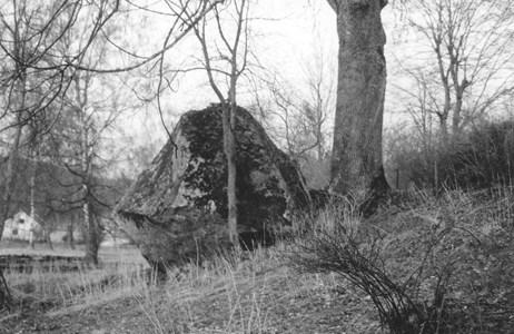 Prästgårdsstenen