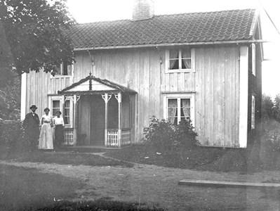 Puttemålen. Den äldre mangårdsbyggnaden.