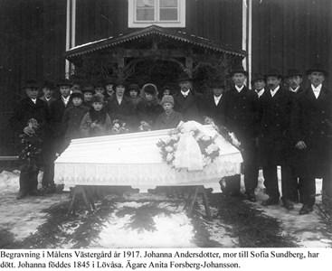 Målens Västergård. Begravning.