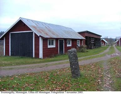 Svenningeby Mostugan. Uthus.