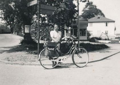 Elsa Lindström på cykelsemester.