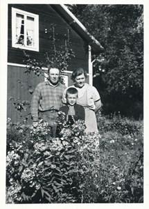 Hassel Lipkins fam, Oskarsborg, Östervåla.
