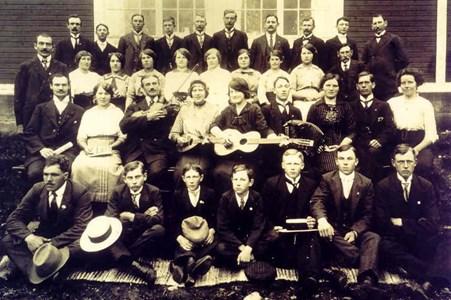Gruppfoto. Bjurvalla Godtemplare1930-talet.jpg