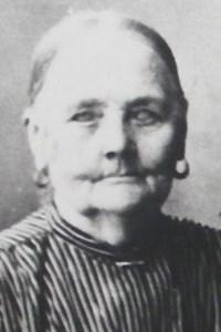 Brita Persson, Ettinga, Östervåla