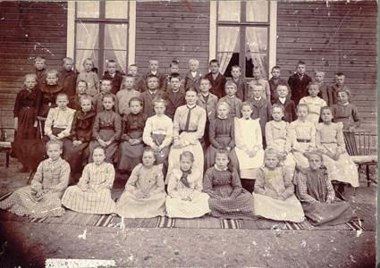 Skolkort Stärte skola. Skolklass 1904.jpg