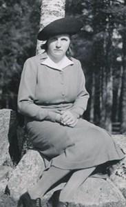 Lilly Lindström, Kullen, Östervåla