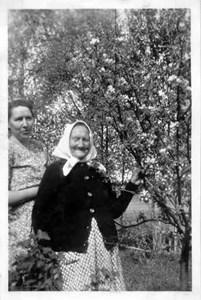Ester Andersson f. Ekström o Mor Kristina Ekström.jpg