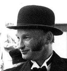 Karl-Erik Pettersson, Tobbo, Östervåla