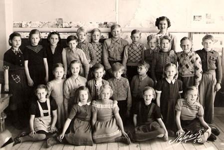 Smedsbo 1950 elever födda 1939.jpg