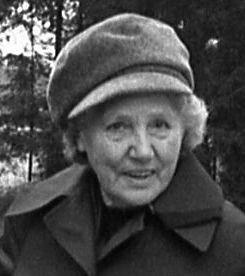 Helga Boström, Vallby, Tierp