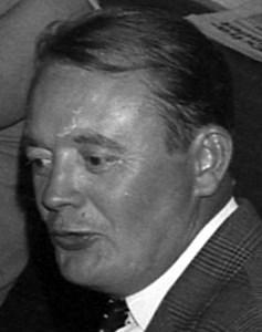 Bertil Olsson, Hov, Östervåla