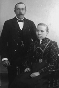 Albert o Selma Jonsson, Gästbo, Östervåla