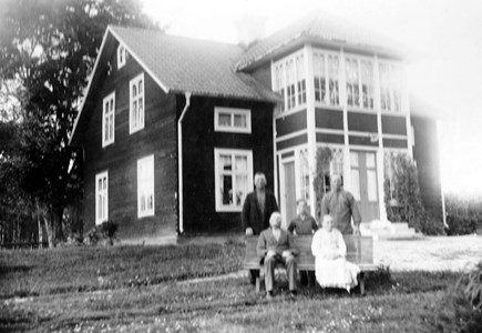 Jan-Pers i Sillbo, omkring 1925.jpg