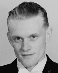 Åke Andersson, Mårtsbo, Östervåla