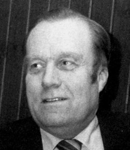 Holger Jansson (Järnhandlar-Holger), Hov, Östervåla
