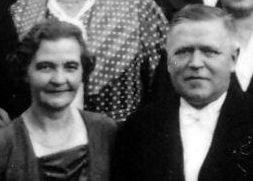 Edla o Fritz Eugen, Åby, Östervåla (Affärsägare Eklunds)
