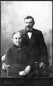 Erik Andersson med hustru Johanna, Källmyra, Östervåla