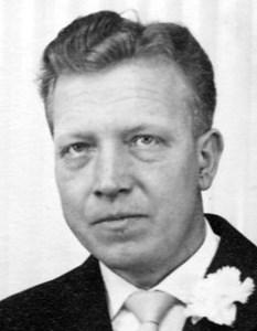 Åke Olsson, Åby, Östervåla