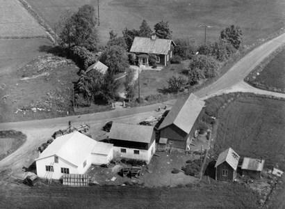 Evert Lindbergs, Kanikebo, Östervåla 1955