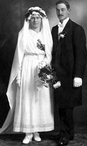 Hilda o Enok Lindblom.jpg