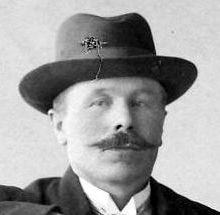 Johan Eriksson, Hov, Östervåla