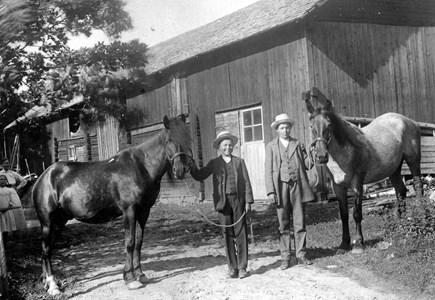 Herman o Ture Sahlberg.jpg