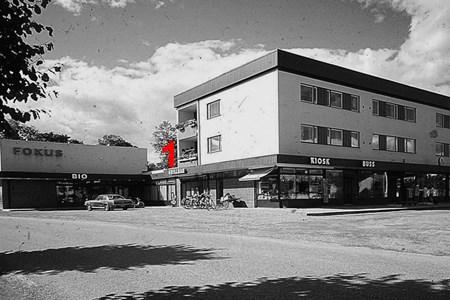 Centrumhuset  med Grill-Baren.jpg