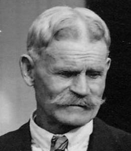 August Pettersson Lindén, Hovberga, Östervåla