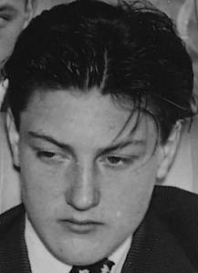 Arne Persson, Svingbolsta, Östervåla.