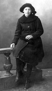 Anna Ekström, Lindsbro, Östervåla