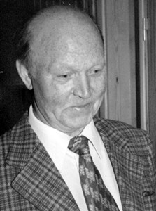 Karl Lindell, Hov, Östervåla