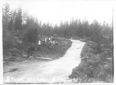Stupet nära Sjurby den 28 augusti 1928.jpg