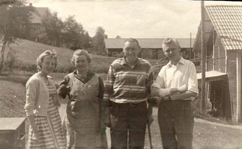 Familjen Oskar Nordin 1957.jpg