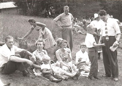 Fäbodgudstjänst i Björnarvet 1957.jpg