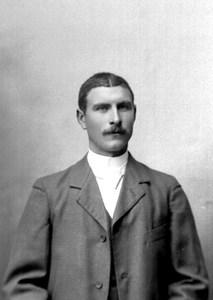Nils Hjertz