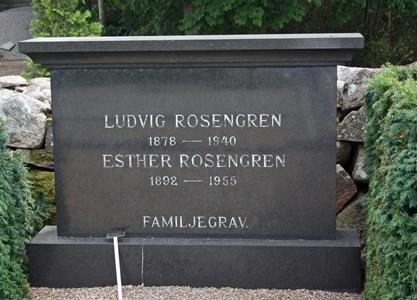 Gravsten Riseberga Ludvig Rosengren, Nybo