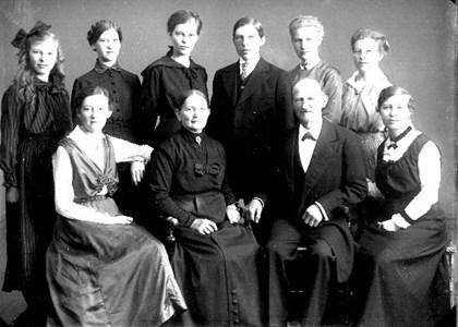 Per Åkesson i Bonarp med familj