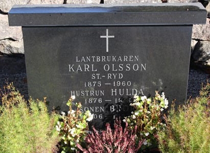 Gravsten Riseberga Karl Olsson, Storaryd