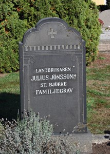 Gravsten Riseberga, Julius Jönsson i Stora Björket