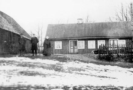 Holmtoft. Ehard Johansson, Johannes Nilsson och Assarina Nilsson