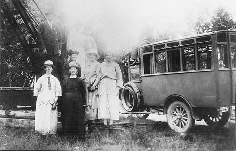 Rökes första buss