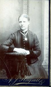 Adelina Falk i Kvarnstugan, Långarekull