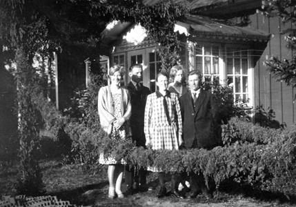 Emil och Anna Johansson - smyckat för bröllop
