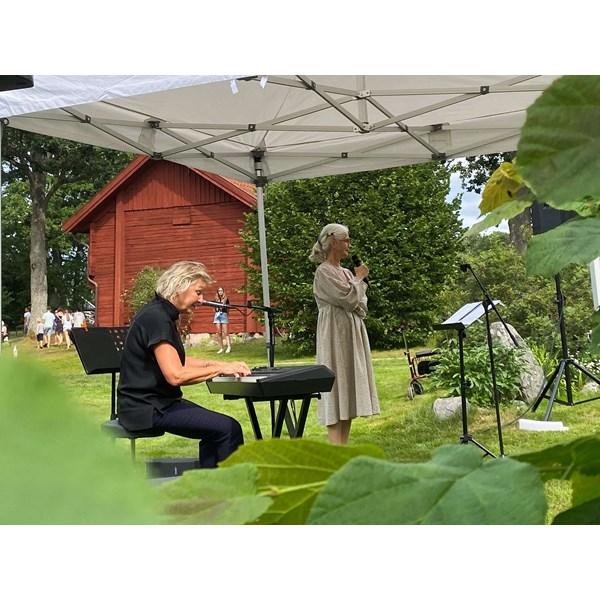Elise Einarsson och Marika Lagercrantz