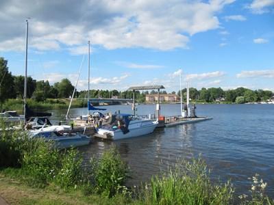 Gästhamnen och Stallarholmsbron