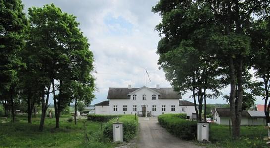 Mangårdsbyggnaden på Gesta