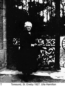 Ulla Hamilton.