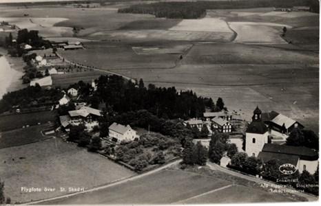 Flygfoto över delar av Kyrkbyn