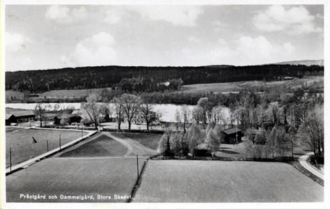 Utsikt från kyrkan mot älven