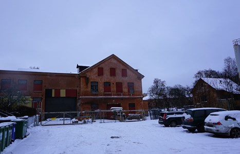 Holmens A-verkstad, sett från gården, 2016